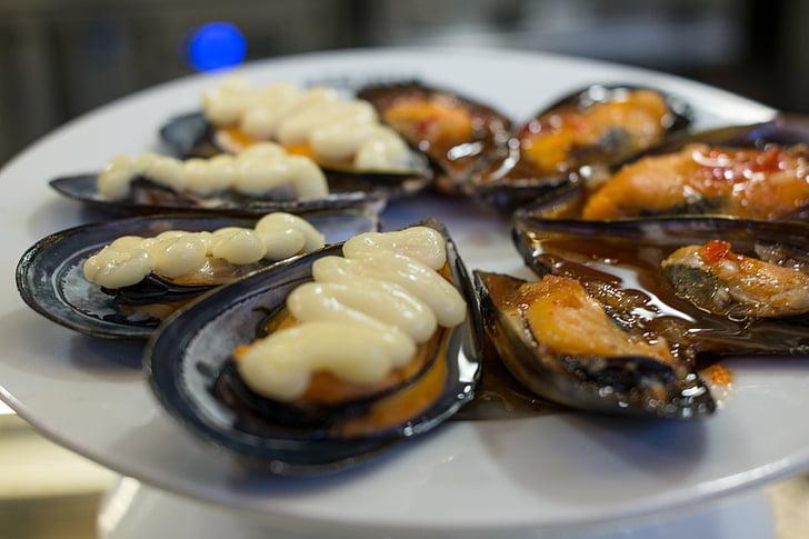 małże, Owoce morza, dania kuchni śródziemnomorskiej