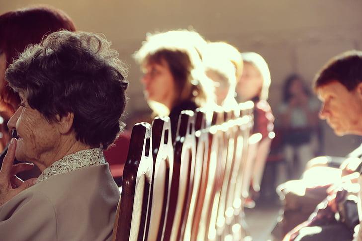 la gent gran, l'església, gent gran, felicitat, orgull, persones, homes