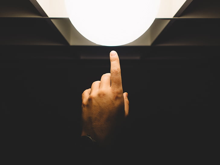 vinger, wijzen, licht, hand, lamp, menselijke hand