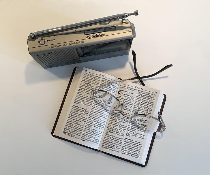 radio, escuchar, entretenimiento, libro, Biblia, leer, gafas