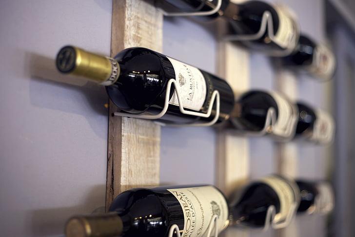 Vinställ, hylla, vin, drycker, flaskor, glasflaskor för vin, alkohol