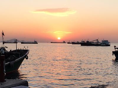 posta de sol, Port, embarcacions de pesca