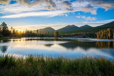 Llac, reflexió, muntanyes, paisatge, calma, natura, l'aigua