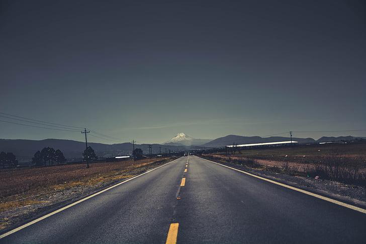carretera, ratlles, pic