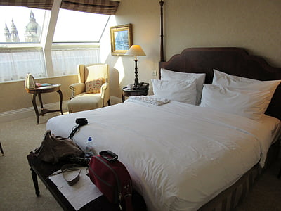 bedroom, bed, room, hotel, interior, sleep, pillow
