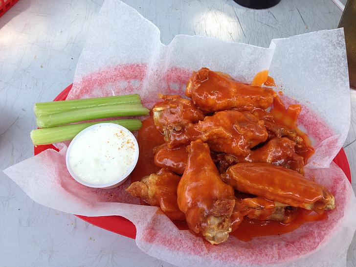 kurczaka, skrzydła, pikantne, Buffalo wings, smaczny, zakąska, smażone