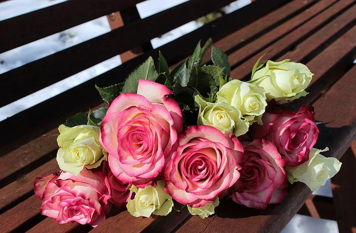 buket roser, lyserøde roser, hvide roser, buket, Valentinsdag, Tillykke, Rosen blomstrer