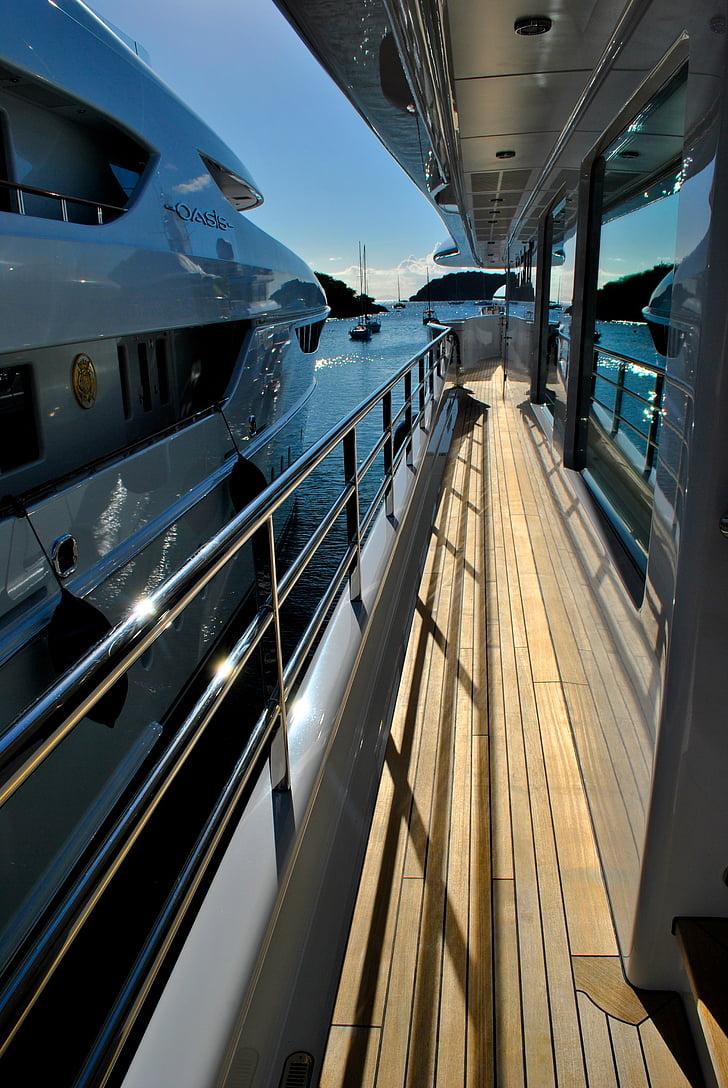 Yacht däck, båtar, motorbåtar, megajakter, Superyacht, megayacht, Yacht