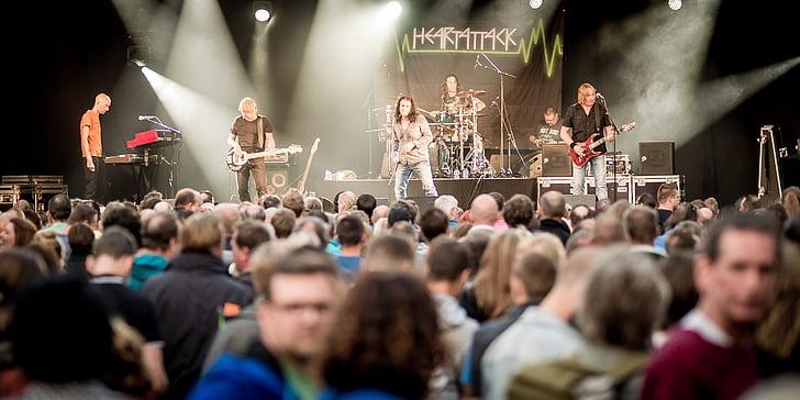 festival, rock, concert, scene, rock band, music, heartattack