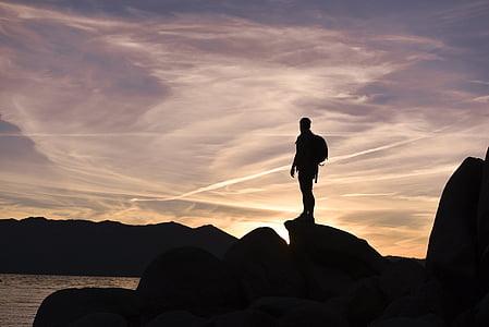 silueta, Foto, osoba, Hora, nahoru, Západ slunce, obloha