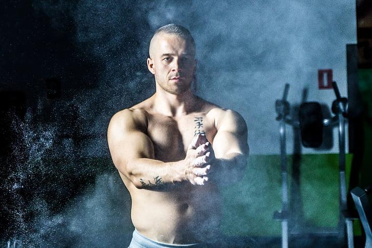 topless, vīrietis, pastāvīga, netālu no, trenažieru zāle, iekārtas, fitnesa