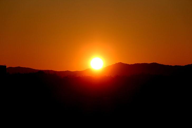 Alba, cel, solar, paisatge, muntanya, matí, en el nou any