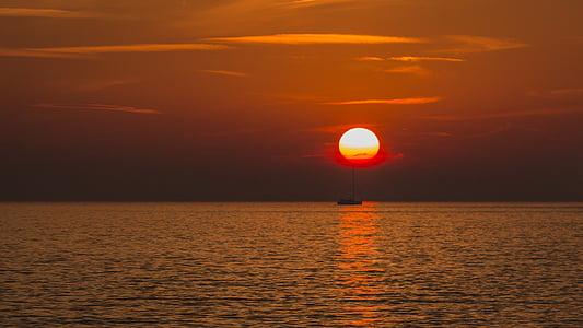 サンセット, 太陽, 太陽と海, 夕日, 残光, 海, における