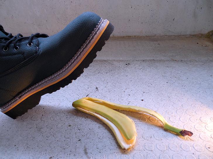 อุบัติเหตุ, บาดเจ็บ, ความเสี่ยง, เปลือกกล้วย, กล้วย, บันทึกการจัดส่ง, หลุดออก