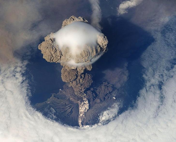 volcanic eruption, eruption, volcano, volcanism, sarychev, 2009, aerial view
