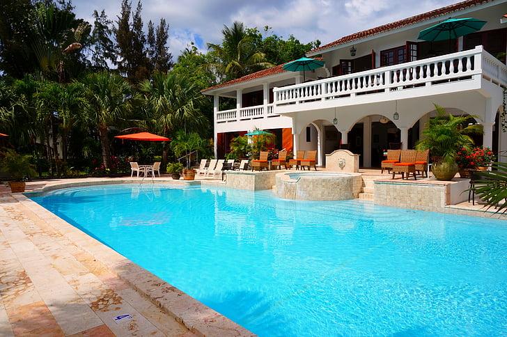 cadires, piscina, piscina, l'aigua