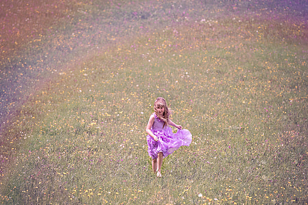 ανθρώπινη, το παιδί, Κορίτσι, φόρεμα, Εκτελέστε, Λιβάδι, λουλούδι Λιβάδι