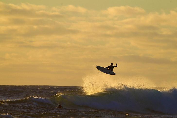 surfer, viļņi, pludmale, Marts