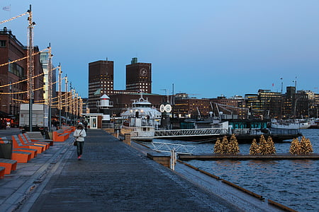Oslo, Akerbrygge, Norge, Alexandra gutthenbach-lindau, VisitOSLO, staden, Scandinavia