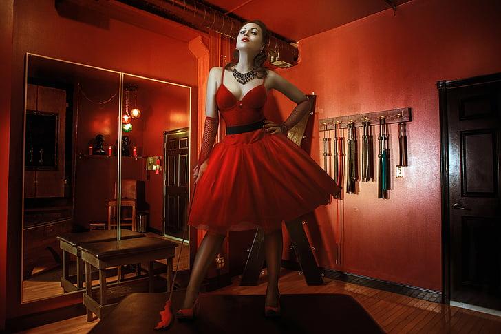 la Reina vermella, BDSM, fuet, l'habitació vermella, MS, erotisme, model de