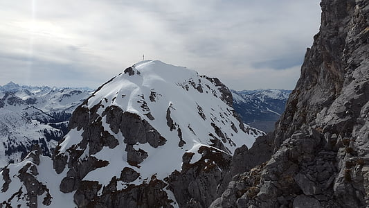 czerwony flüh, góry Tannheimer, alpejska, góry, Tannheim, Alpy Algawskie, krajobraz