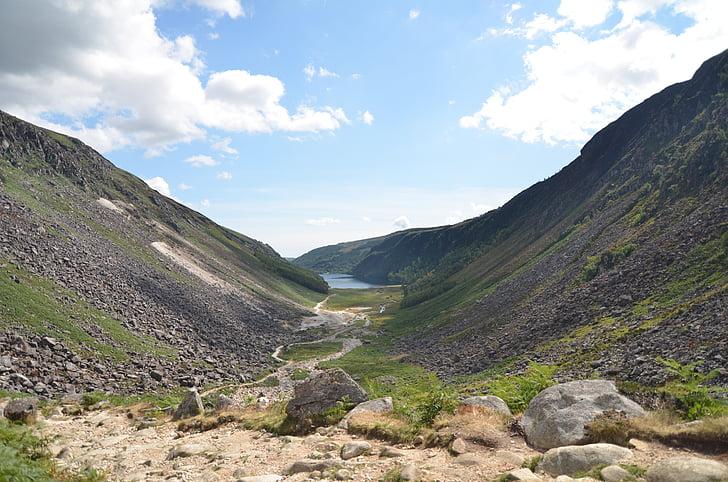 Iirimaa, Travel, Valley