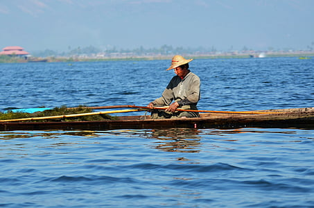 fischer, single-leg-rowers, inle lake, lake inle, inlesee, myanmar, fish