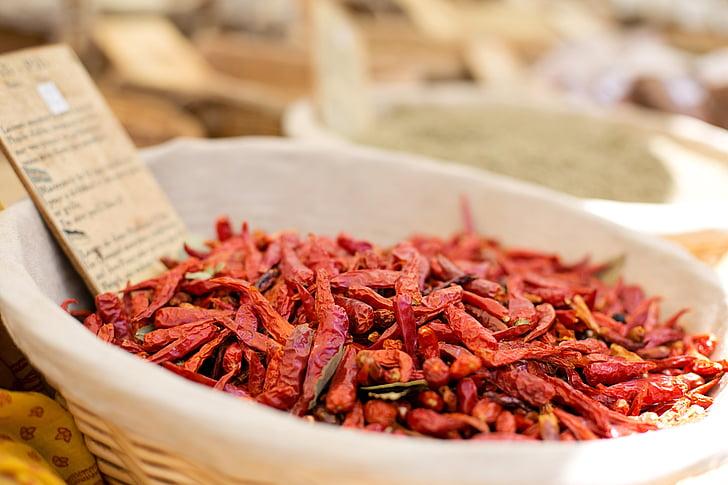 kuivatatud paprika, talupidaja turul, kuum, punane, pipar, kuiv, turu