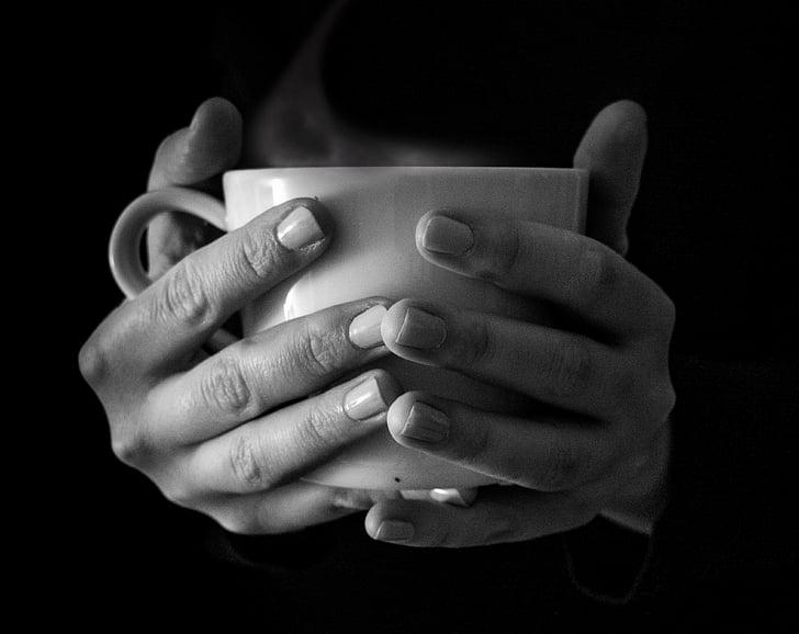 dzēriens, melnbalto, kafijas, kauss, dzeramā, rokas, karstā