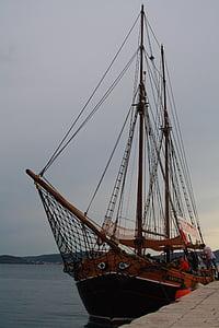 pirates, boat, ship, tradition, sea, sailing, yacht