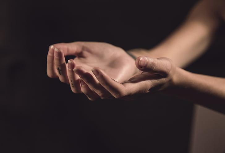 persona, s, mà, mans, salut, model de, tatuatge