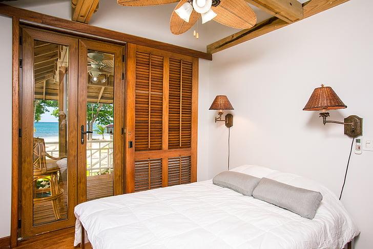 hotel room, bedroom, interior, palmetto bay, window view