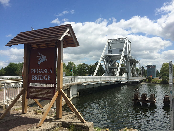 Pegasus-Brücke, Normandie, d-Day, dem zweiten Weltkrieg, dem zweiten Weltkrieg, Gedenkstätte