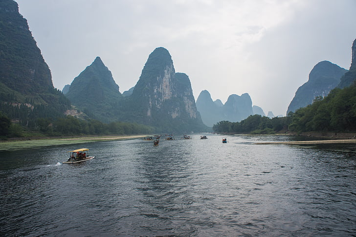 Cina, Giulin, Yangshuo, Li fiume, Guilin, Guangxi Zhuang Regione autonoma - Cina, Carso formazione