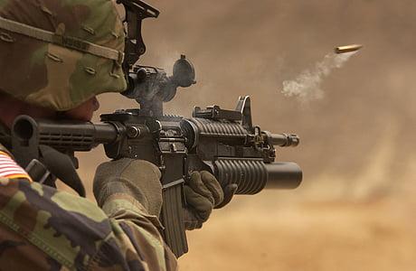 géppisztoly, puska, automata fegyver, fegyver, lő, égetés, töltényhüvely
