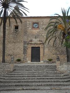 algaida, Mallorca, templom, portál, óra, köves, homlokzat