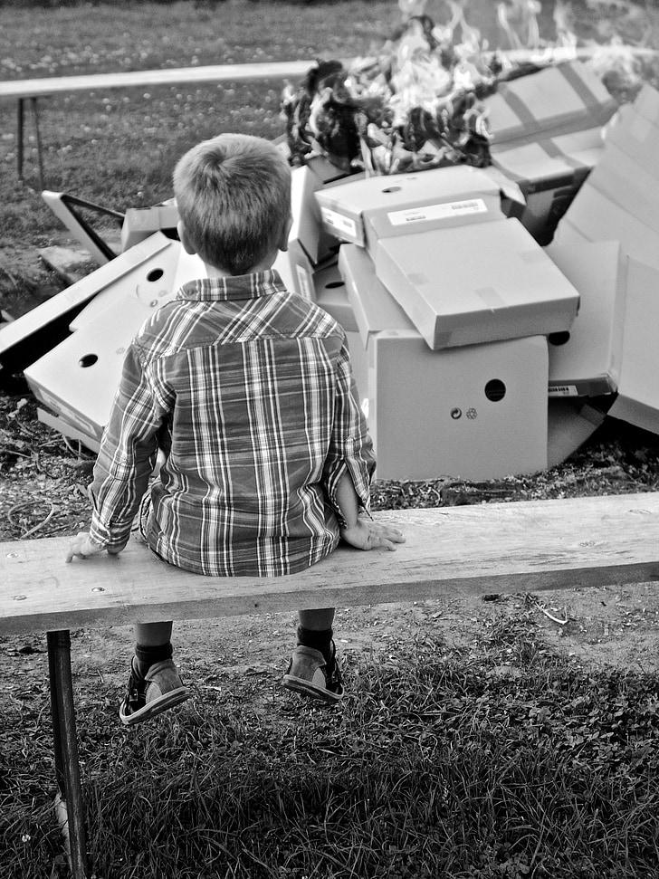 boy, sit, watch, child, rest