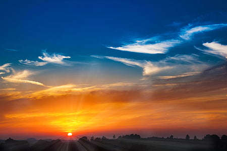 サンセット, 太陽, における, 夕日, サンビーム, 残光, 雲