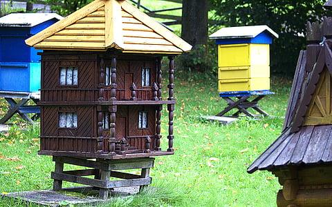 ul, ule, pasieka, casa de camp, abelles, eixam d'abelles, l'apicultura