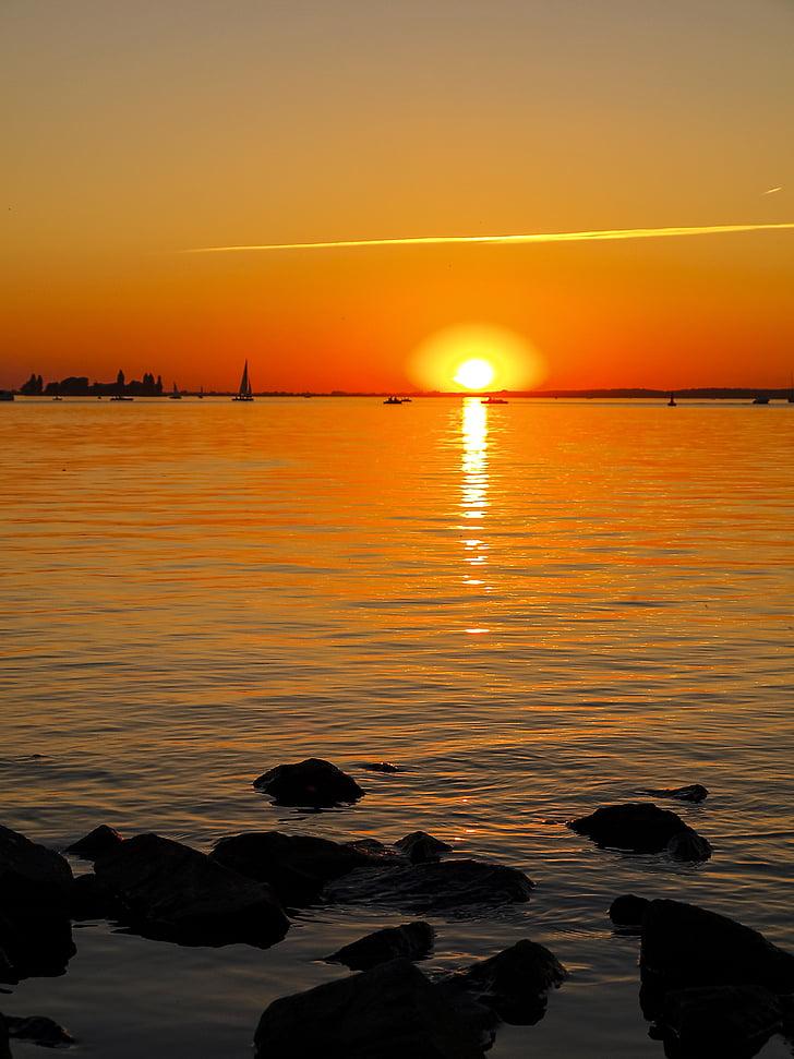paisatge, posta de sol, capvespre, l'aigua