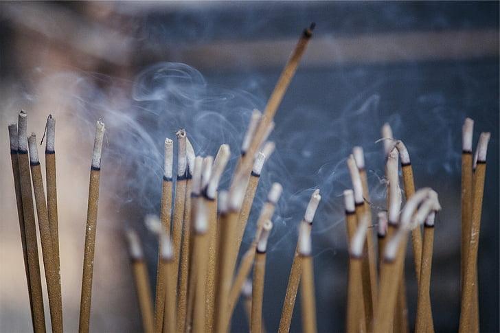 kadidlo, vôňa, dym