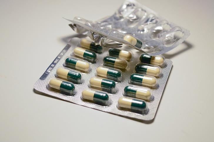 tabletter, piller, vitaminer, antibiotika, medisinering, behandling, blemme