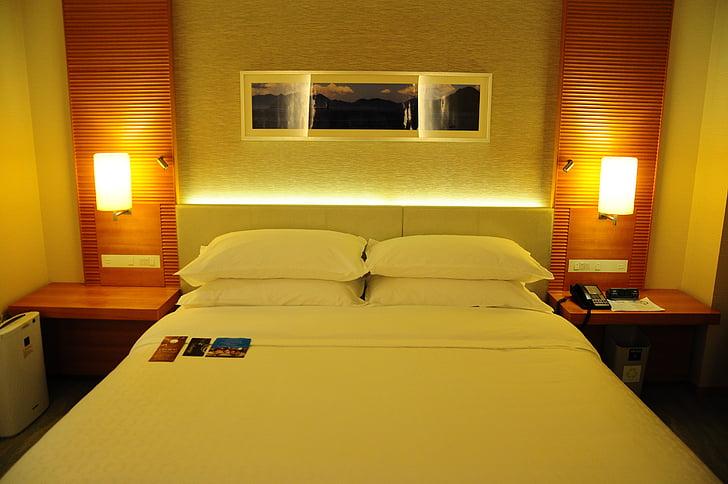 bed, hotel, hiroshima