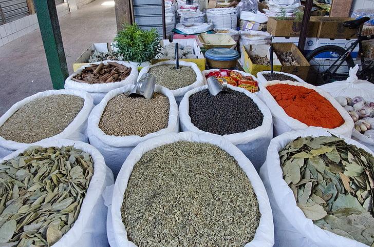 kryddor, kryddor, marknaden, verkligt