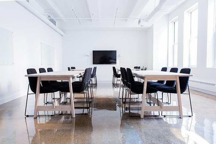 krēsli, konferenču zāle, tukšs, iekštelpās, tabulas, krēsls, rakstāmgalds