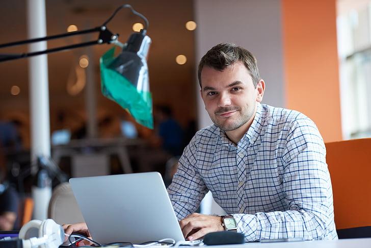 entrepreneur, computer, man, office, undertake, worker, technology