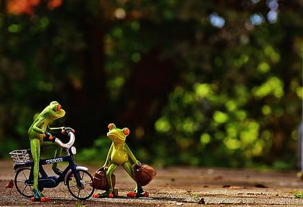 frogs, arrive, bike, holdall, travel, cute, frog
