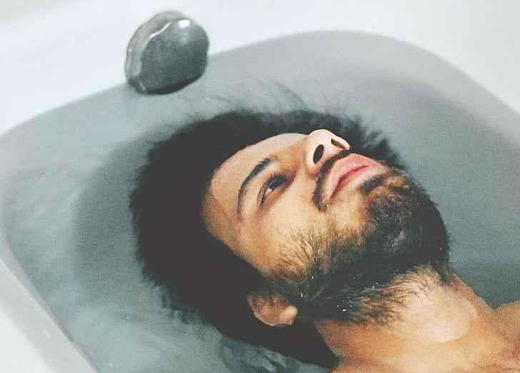 dospelý, kúpanie, vaňa, výraz tváre, muž, relaxačné, myslenie