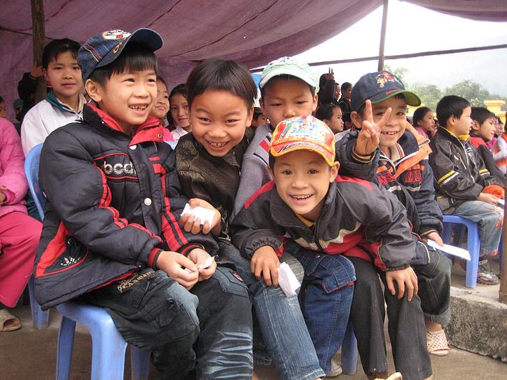 school boys, boys, children, infants, smiling, vietnam, happy