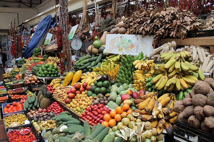 Madeira, Funchal, mercat, parada de verdures, parada de fruita, fruita, verdures